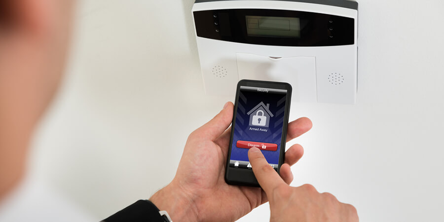 The Benefits of Home Security Systems With Remote Access